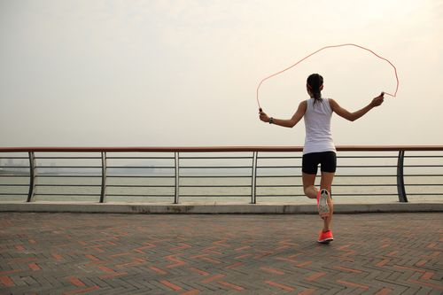 Aerobic exercise and Jump rope
