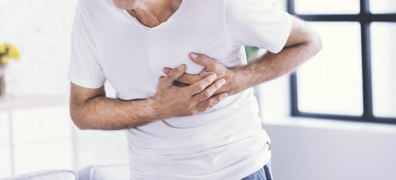 Heart attack symptoms - Dr. Axe